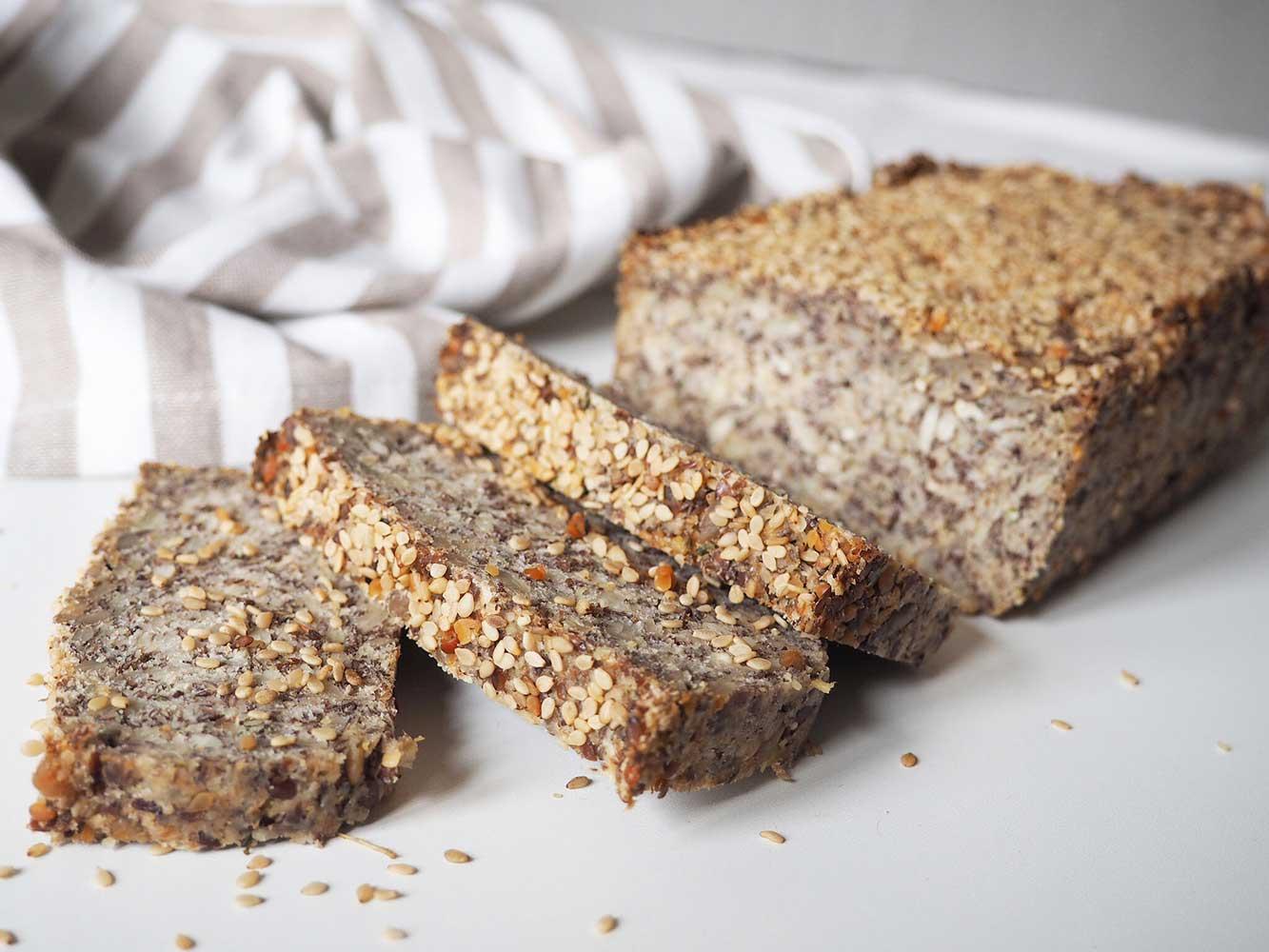 Life Changing Bread - Das glutenfreie Saatenbrot ohne Nüsse